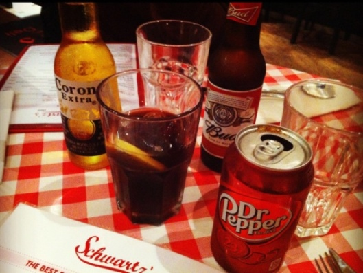 dr-pepper-schwartzs-deli-paris