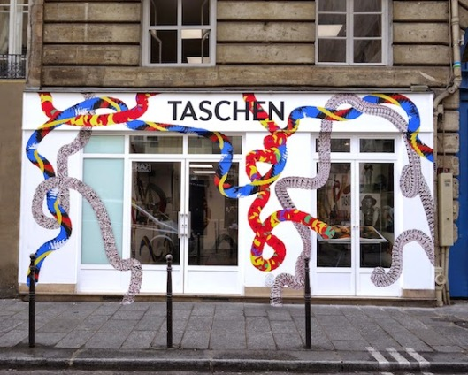 taschen marais facade